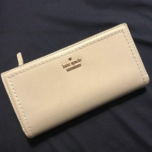 Kate Spade | Trifold Wallet